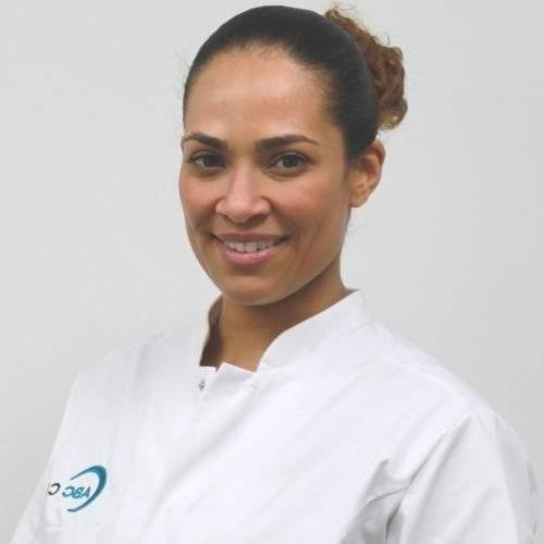 Elizia Soares arts - injectables ABC Clinic
