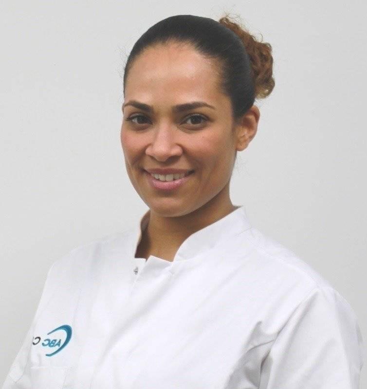 Medisch specialisten - cosmetisch arts - Elizia Soares