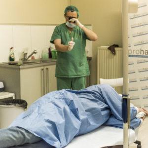 Haartransplantatie Arjan Benning - op de behandelstoel