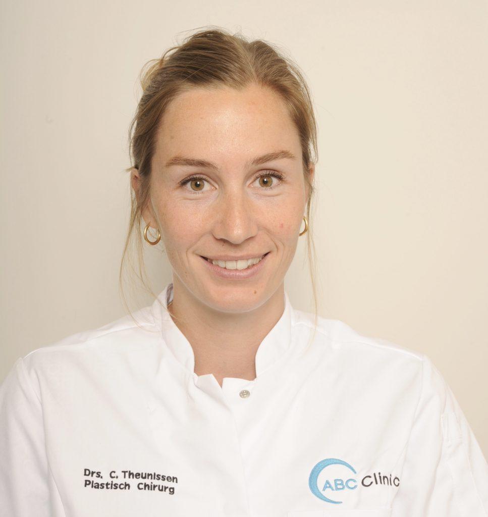 Carla Theunissen - Plastisch chirurg